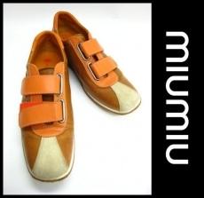 miumiu(ミュウミュウ)のスニーカー