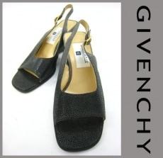 GIVENCHY(ジバンシー)のサンダル