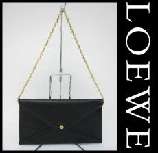 LOEWE(ロエベ)のクラッチバッグ