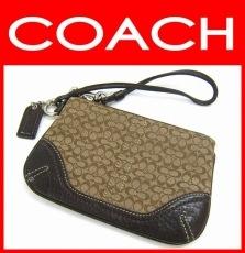 COACH(コーチ)のポーチ