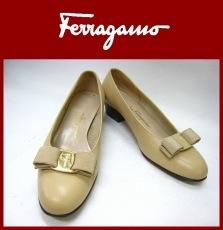 SalvatoreFerragamo(サルバトーレフェラガモ)のパンプス
