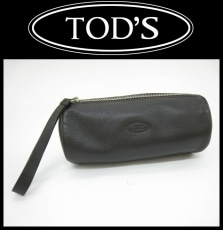 TOD'S(トッズ)のポーチ