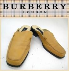 Burberry LONDON(バーバリーロンドン)のサンダル