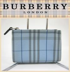 Burberry LONDON(バーバリーロンドン)のポーチ