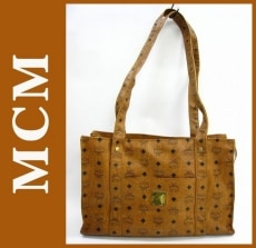 MCM(エムシーエム)のショルダーバッグ