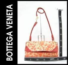 BOTTEGAVENETA(ボッテガヴェネタ)のショルダーバッグ