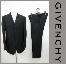GIVENCHY(ジバンシー)のメンズスーツ