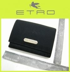ETRO(エトロ)の2つ折り財布