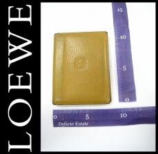 LOEWE(ロエベ)のパスケース