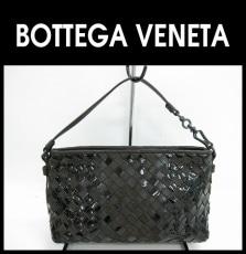 BOTTEGA VENETA(ボッテガヴェネタ)のポーチ