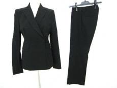 COSTUMENATIONAL(コスチュームナショナル)のレディースパンツスーツ