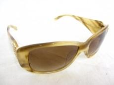 miumiu(ミュウミュウ)のサングラス