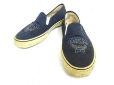 MCM(エムシーエム)のスニーカー