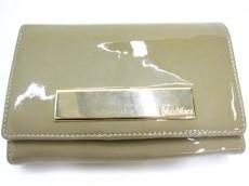 MaxMara(マックスマーラ)の2つ折り財布
