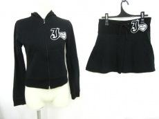 JUICYCOUTURE(ジューシークチュール)のスカートスーツ