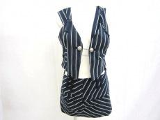 AULAAILA(アウラアイラ)のスカートスーツ