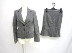 INED(イネド)のスカートスーツ