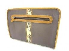 LEONARD(レオナール)のセカンドバッグ