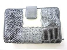 Mio Milano(ミオ・ミラノ)の3つ折り財布