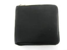 Y's(ワイズ)の2つ折り財布