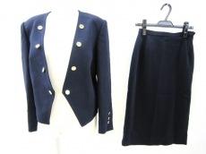 kimijima(キミジマ)のスカートスーツ
