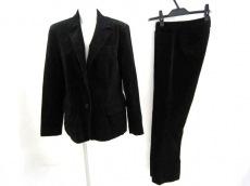 YOSHIE INABA(ヨシエイナバ)のレディースパンツスーツ