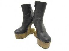 SKY(スカイ)のブーツ