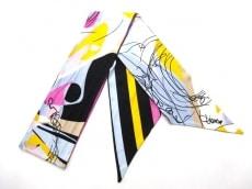 DIANE VON FURSTENBERG(DVF)(ダイアン・フォン・ファステンバーグ)のスカーフ
