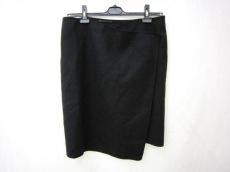 DONNAKARAN SIGNATURE(ダナキャランシグネチャー)のスカート