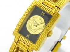 GIANNIVERSACE(ジャンニヴェルサーチ)の腕時計