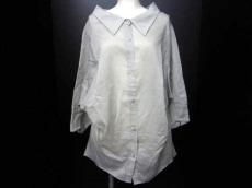 OKIRAKU(オキラク)のシャツブラウス