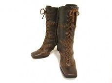 DOLCE&GABBANA(ドルチェアンドガッバーナ)のブーツ