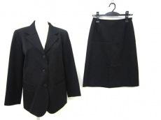 agnes b(アニエスベー)のスカートスーツ