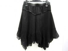 THEFIRST(ザファースト)のスカート