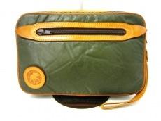 HUNTING WORLD(ハンティングワールド)のセカンドバッグ