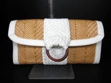 COLE HAAN(コールハーン)のクラッチバッグ