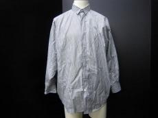 GRAPHIT LAUNCH(グラフィットランチ)のシャツ