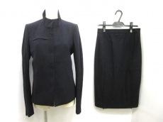 COSTUMENATIONAL(コスチュームナショナル)のスカートスーツ
