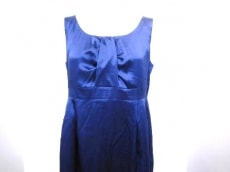 Vestiaire(ヴェスティエール)のドレス