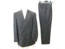 GIANFRANCOFERRE(ジャンフランコフェレ)のメンズスーツ
