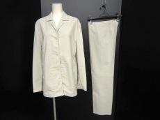 PRADA(プラダ)のレディースパンツスーツ