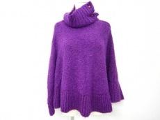 holiday(ホリディ)のセーター