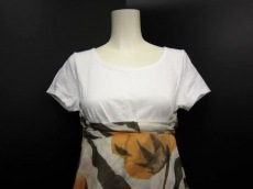 ROSSO(ロッソ)のTシャツ
