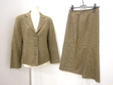 EVEX by KRIZIA(エヴェックスバイクリツィア)のスカートスーツ