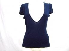 MANOUQUA(マヌーカ)のTシャツ