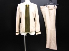 Roberta di camerino(ロベルタ ディ カメリーノ)のレディースパンツスーツ