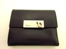 SalvatoreFerragamo(サルバトーレフェラガモ)の3つ折り財布