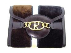 Robertadicamerino(ロベルタ ディ カメリーノ)の3つ折り財布
