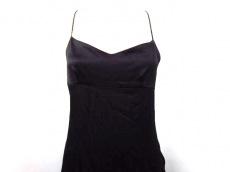 DKNY(ダナキャラン)のドレス