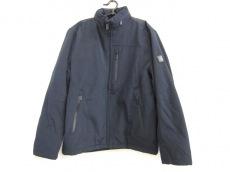 TUMI(トゥミ)のダウンジャケット